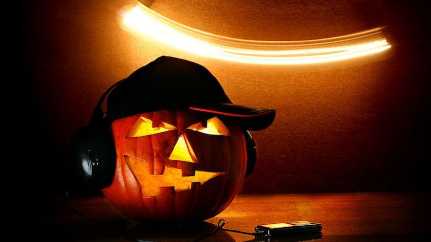 Best scary podcasts to binge-listen on Halloween – Brando